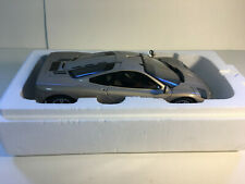 1:18 AUTOart McLaren F1 Road Car Platinum Silver serial #972