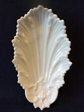 Porcelaine de Paris coupelle décor coquille Saint-Jacques XIX ème France