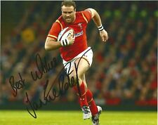 WALES & HARLEQUINS RUGBY UNION: JAMIE ROBERTS SIGNED 10x8 ACTION PHOTO+COA