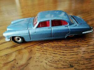 JAGUAR MARK X Bleu métallic - 1/43e DINKY TOYS MECANO LTD England - Réf. 142