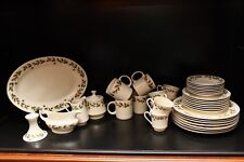 36 Pc Christmas Dinnerware Holly Berry & Tea Set Gold Trimmed Authentic China
