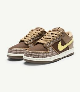 NIKE X UNDEFEATED DUNK LOW SP - CANTEEN/ LEMONFROST/ PALOMINO 13