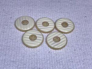Buttons x5 - round 4 hole - ridged cream / beige / light brown