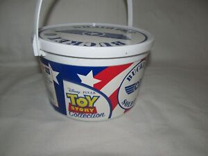 Vintage Toy Story Bucket O Soldiers Thinkway Toys 41 Army Men Figures 1990's