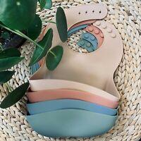 BPA-free Modern Waterproof Baby Bib Adjustable Silicone Pocket Catcher