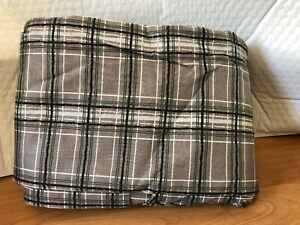 Donna Sharp Bed Skirt Gray green white black plaid 78x80x18 king may fit calking