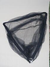 Pêche carpe : filet épuisette, large et profonde + flotteur