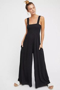 NEW FREE PEOPLE FP BEACH BLACK SMOCKED WIDE LEG HOMECOMING JUMPER SZ S SMALL