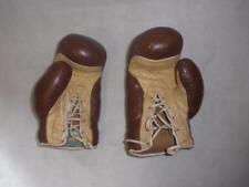 Vintage Anglais marron en cuir Gants de Boxe. (FRANK Bryan Worcester)