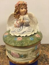Angels Warmth music box by Donna Brooks