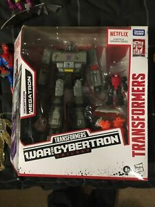 Transformers War For Cybertron Trilogy Netflix Megatron Optimus Prime Bumblebee