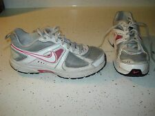 NIKE DART 9 Girls Athletic Shoes Size 2 Y L@@K !!! PINK GRAY WHITE