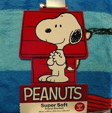 "Peanuts Super Soft & Comfy Plush Travel Blanket Snoopy Charlie Brown 45"" x 55"""