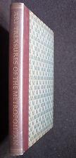 Beau livre**ART TREASURES OF THE METROPOLITAN**240 pages**1952