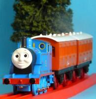 HORNBY THOMAS THE TANK ENGINE, ANNIE AND CLARABEL BATTERY POWERED + PULL ALONG