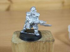 Classic Metal Guardia Imperial Comisario con lasgun Sin Pintar (1079)