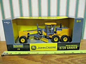 John Deere 872D Grader By Ertl 1/50th Scale >