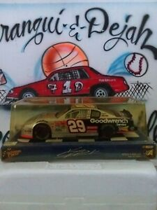 Diecast 1/24 NASCAR Winner's Circle Kevin Harvick #29 Racing Car