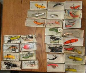 Lot  27 Flatfish Fishing Lures in Box's 8 w/Papers
