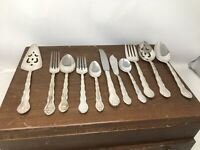Vtg International Silver Flatware Set 47 Pc Silverplate Abbey Rose Wooden Chest