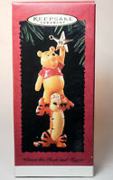 Hallmark: Winnie The Pooh and TIgger - 1995 Classic - Keepsake Ornament