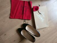 Christian Louboutin Black Patent Calf RonRon 85 size 39.UK 6