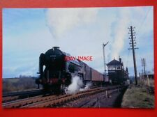 PHOTO  LNER PEPPERCORN CLASS A2 4-6-2 60534  IRISH ELEGANCE  AT RIDDINGS JUNCTIO