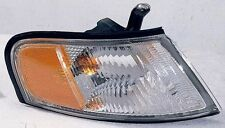 Turn Signal / Parking Light Assembly Front Right fits 98-99 Nissan Altima