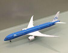 Phoenix 1/400 KLM Royal Dutch Airlines Boeing 787-9 PH-BHA die cast metal model