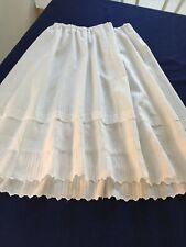 Ancien jupon coton blanc volant festonné main /poche dans la couture