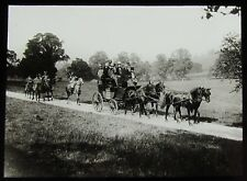 Glass Magic Lantern Slide PICKWICK COACH EN ROUTE TO BATH C1927 CHARLES DICKENS