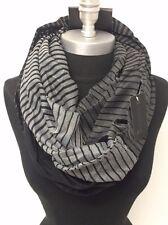 Mens Infinity Scarf Striped Fashion Neck Cover Wrap HIGH QUALITY Black/White