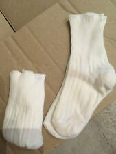 Vintage baby socks infant size 1960s childrens 2 Pairs