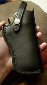 Vintage SMITH & WESSON Small Black/Brown Leather Pistol/Hand Gun Holster B22 24