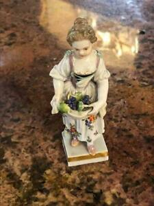 Fine Meissen Porcelain Young Lady With Grapes