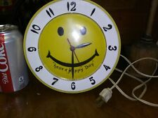 LUX HAVE A HAPPY DAY YELLOW SMILEY FACE ELECTRIC WALL CLOCK ROBERT SHAW  C64