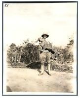 Tchad, Jeanne et une panthère  Vintage silver print. Série de photos avec le suj