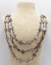 Shell Disc und Pailletten Halskette mit abgestuften Triple Strang Glas Samen Perlen