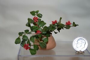 Miniature Dollhouse Vintage Red Vining Ivy Geranium in Terracotta Pot 1:12 NR