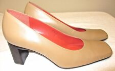 Women's Rockport Tan Leather Square Toe Block Heel Pump SZ 7W