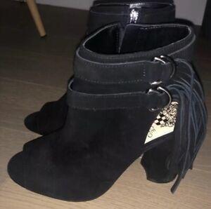 NWOB Vince Camuto Black Peep Toe Booties Size 6