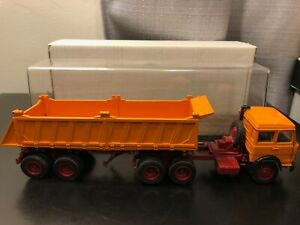 Old Cars Italy Iveco Tractor Trailer  - Scale 1:43 - Die Cast Model Boxed!!!!