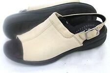 Hush Puppies Comfortable Slides Zero G  Sandals Size 7.5  - Great Conditon