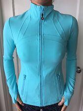 Lululemon Size 6 Define Zip Up Jacket Blue NWOT Forme Coat Long Sleeve Run