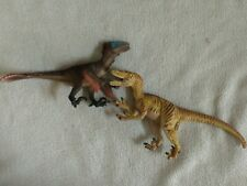 Schleich Feathered Raptors Dinosaur Figure Set 42347 + Safari Raptor talon
