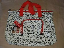 Love stashable tote made from recycled plastic bottles built to last a lifetime
