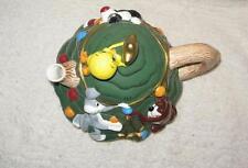 Vintage 1995 Warner Brothers Christmas Tree Teapot Tweety Sylvester Taz Bugs