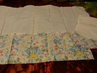 pour patchwork   lot fleuri  assorti ,les bleus pastels +chutes en plus