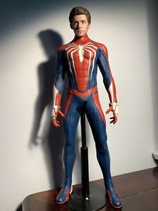 Hot Toys PS4 Spiderman Advanced Suit. loose no box