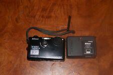 Touch screen Nikon COOLPIX S1100pj 14.1MP Digital Camera - Black